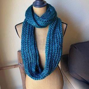 NWOT Teal Shiny Infinity Scarf